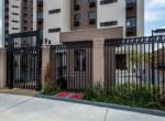apartamento-living-choice-joao-pinheiro-foto-do-portao-de-acesso-1605x720-(3)